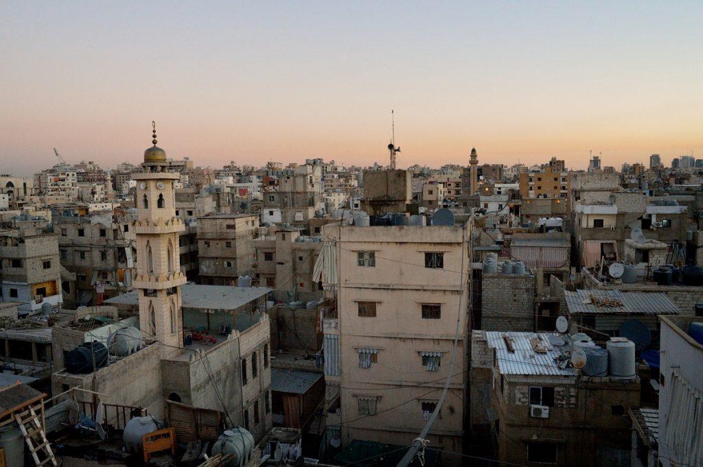 Ciudad de Shatila al atardecer en Beirut